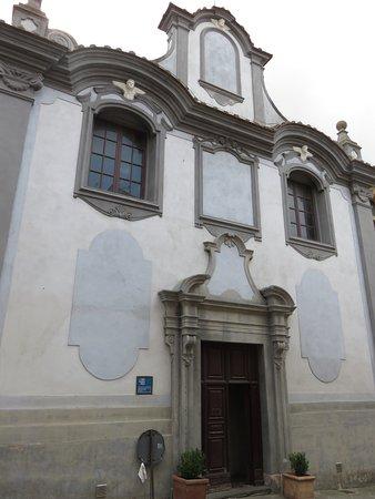 Foiano Della Chiana, Italia: Facciata della chiesa