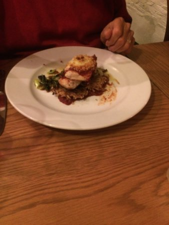 Menheniot, UK: seared chicken