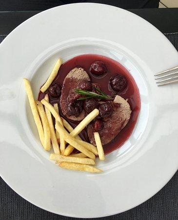 Restaurant Nebozizek: cherry