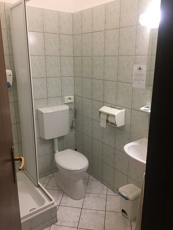โฮเต็ล เมโทร: Quarto Hotel Metro