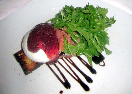 Bordentown, NJ: Burrata with Fig Compote & Prosciutto