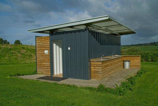 Ruan Minor, UK: The toilet block