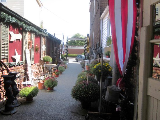 Historic Burlington Antiques and Art Emporium