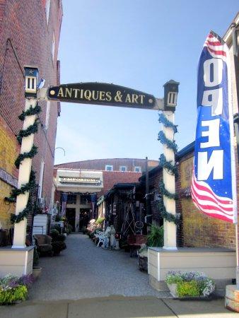 Historic Burlington Antiques Emporium - Entrance