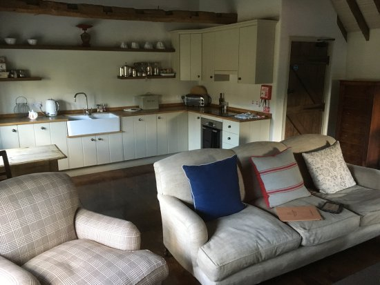 Edington, UK: Lounge/Kitchen