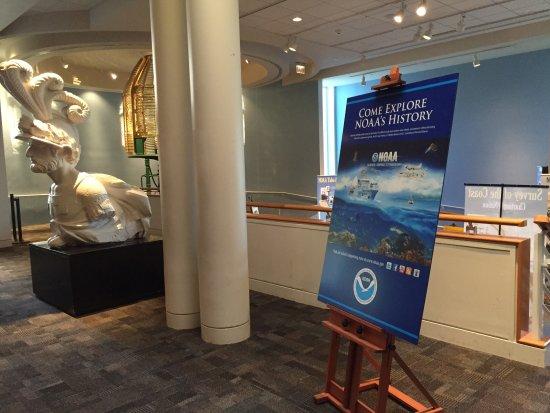 The Mariners' Museum & Park: NOAA exhibit