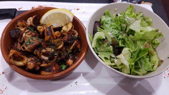 Le Maisu: Cassolette de chiprions +salade en supplément