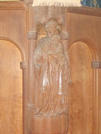 Christ Church: Wooden decoration on pulpit