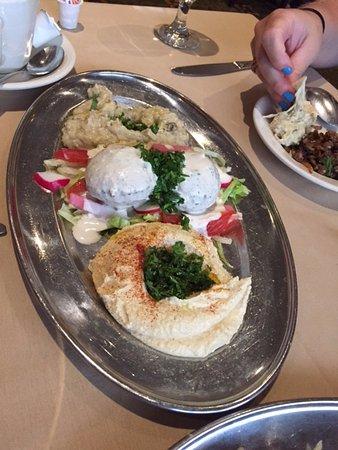 Byblos Restaurant: Combo appetizer