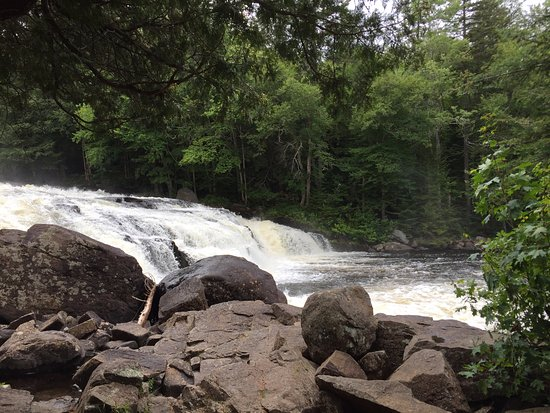 Long Lake, NY: Falls
