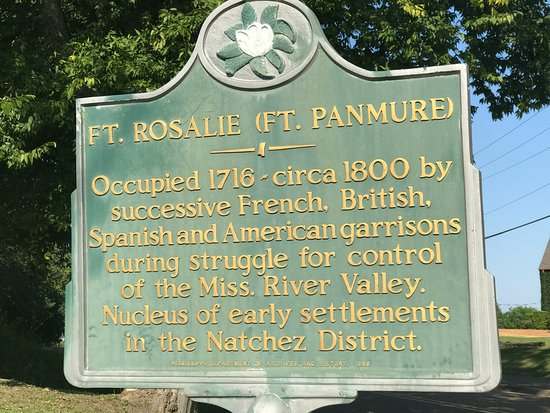 Natchez, MS : Next door is the site of Fort Rosalie