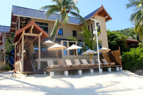 Coral View Island Resort: The newest building in Coral View