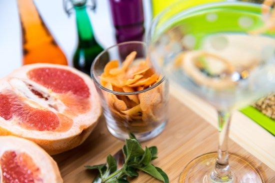 Edmonds, WA: Enjoy a delicious Scratch Martini!
