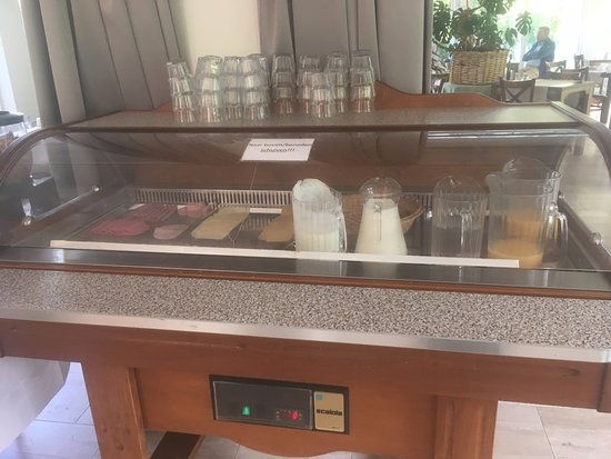 Schin op Geul, Niederlande: de ontbijtbak die je nouwelijks open kreeg foto stiekem genomen