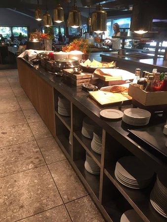 Asker, Noruega: Frokostbuffet