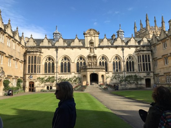 Experience Oxfordshire - Oxford Official Walking Tours: photo1.jpg