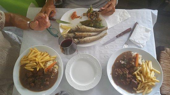 Tabernes de Valldigna, Spain: Exquisito goulash degustado junto a deliosas pesadillas playa