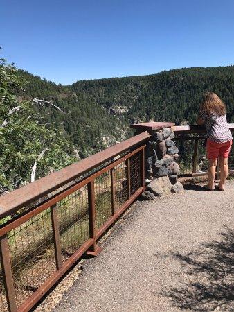 Oak Creek Canyon: Breathtaking!!