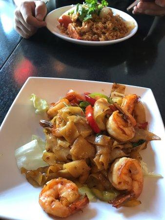 Thai Food On Orange Grove Burbank Ca
