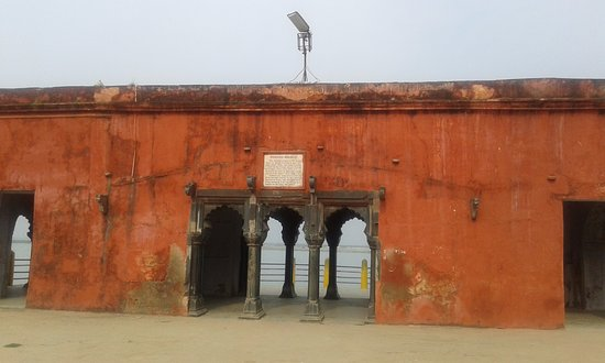 Farakka, الهند: Rajmahal near Farakka - Ganka (river bank)