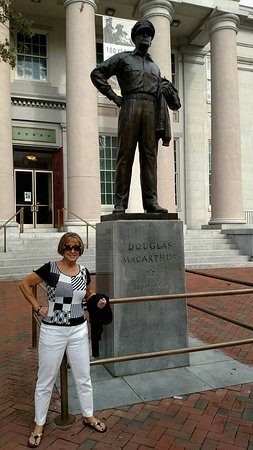 MacArthur Memorial: Gen. Mac Arthur's statue outside the memorial.
