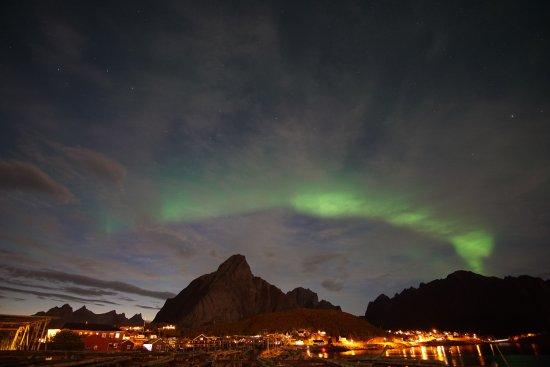 Reine, النرويج: Aurora over Reine 9/7/17