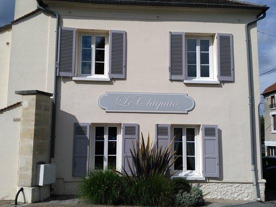 Mery sur Oise, Francja: La façade de l'ancien relais-tabac