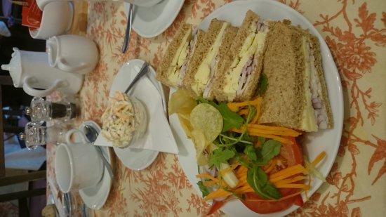 Whalley, UK: Traditional tea room