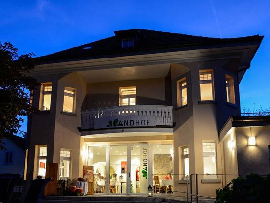 Pratteln, Switzerland: Landhof by night!