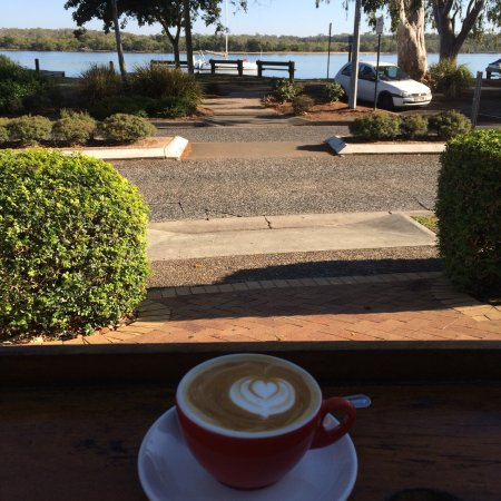 Lazy River Bar & Bistro : Early morning coffee @ Lazy river bar and bistro Noosaville  Best coffee in town !