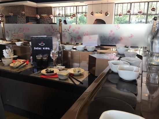 Restaurant A Asiatique A Saint Jean De La Ruelle