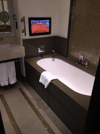 Crowne Plaza London - Battersea: Gorgeous bathroom