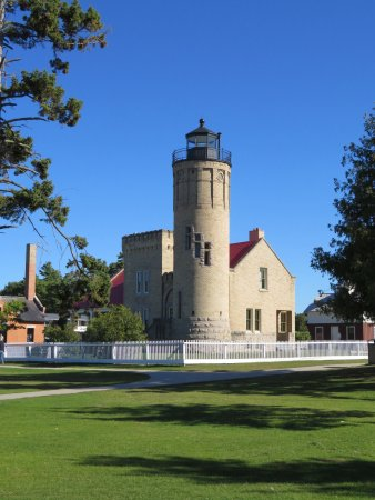 Old Mackinac Point Lighthouse : photo0.jpg