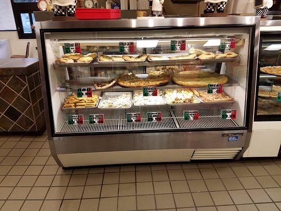 Somerville, TN: Pizza Case