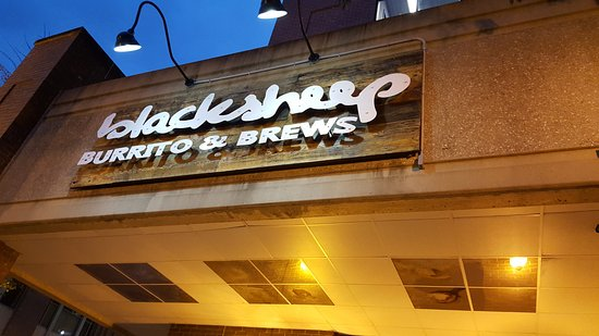 Charleston, Virginia Occidental: Black Sheep Burrito and Brewso