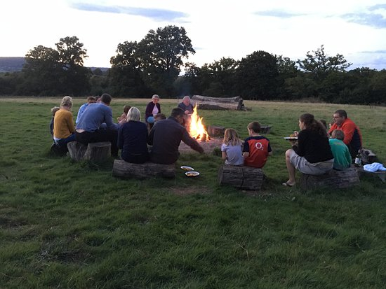 Petworth, UK: Campfire at Mill Farm - Eating Paella around the campfire