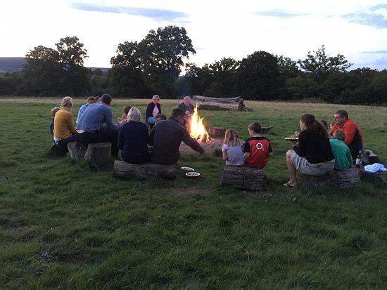 Petworth, UK: Campfire at Mill Farm - Eating Paella around the campfire