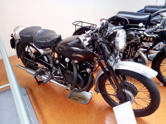 Paraparaumu, Новая Зеландия: Early 1950s Vincent Black Shadow Motorcycle