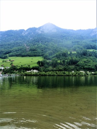 Alpnachstad, Swiss: nearby lake