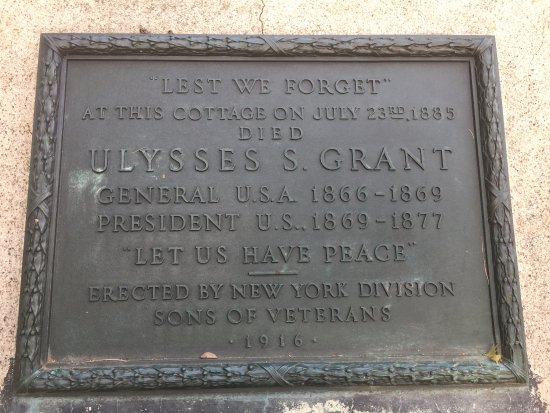 Wilton, NY: Plaque just in front of Grant's Cottage
