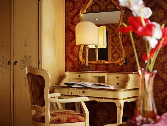 Hotel Gorizia A La Valigia  Venice  Italy