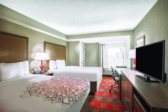 La Quinta Inn Suites DC Metro Capitol Beltway