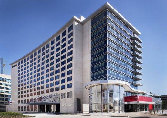 เดอะวูดแลนด์ส, เท็กซัส: Hotel Exterior - Day time