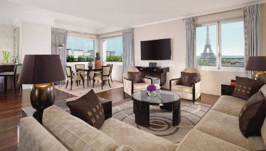 Hotel Plaza Athenee: HPA - Eiffel Suite Signature - Niall Clutton