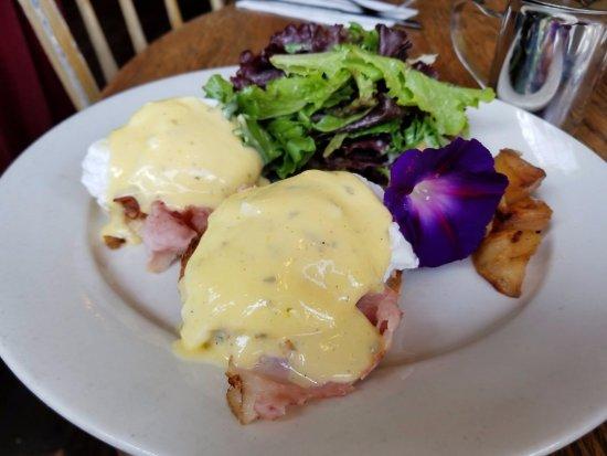 Saugerties, Estado de Nueva York: eggs benedict