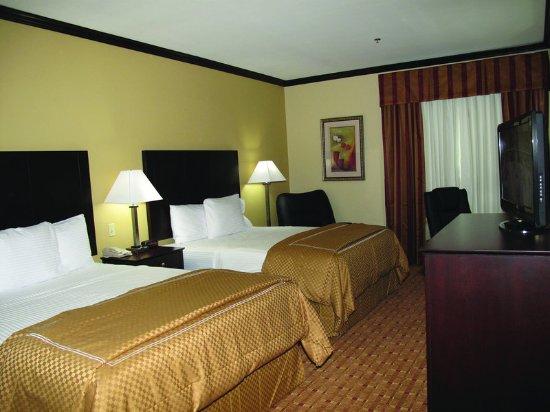 Ennis, TX: Guest Room