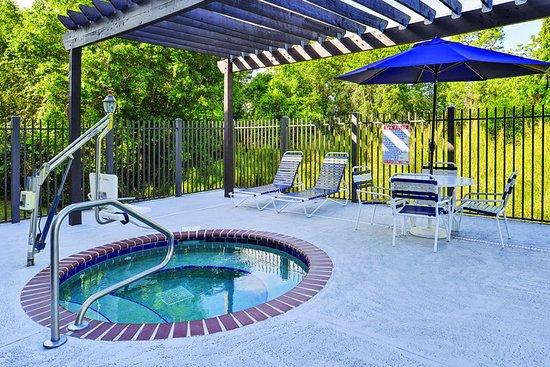 Sebring, FL: PoolView