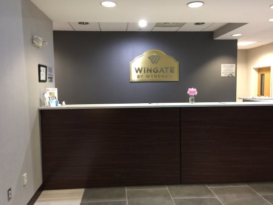 Wingate by Wyndham Charlotte Airport South/ I-77  Tyvola : photo1.jpg