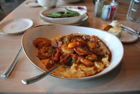 Omni Nashville Hotel: Shrimp and Grits with Country Ham