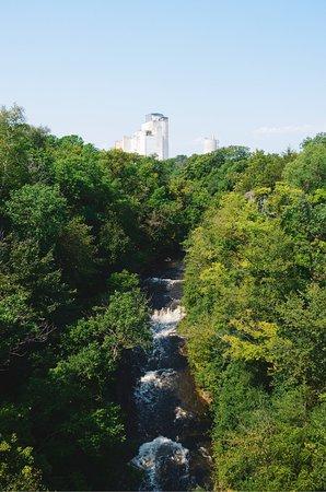 Vermillion Falls: photo5.jpg